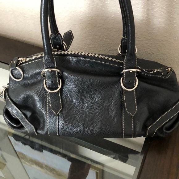 Authentic Prada purse estimated original price. M 5b44e0ebc89e1d4538f0b67a 41b109d8cf875